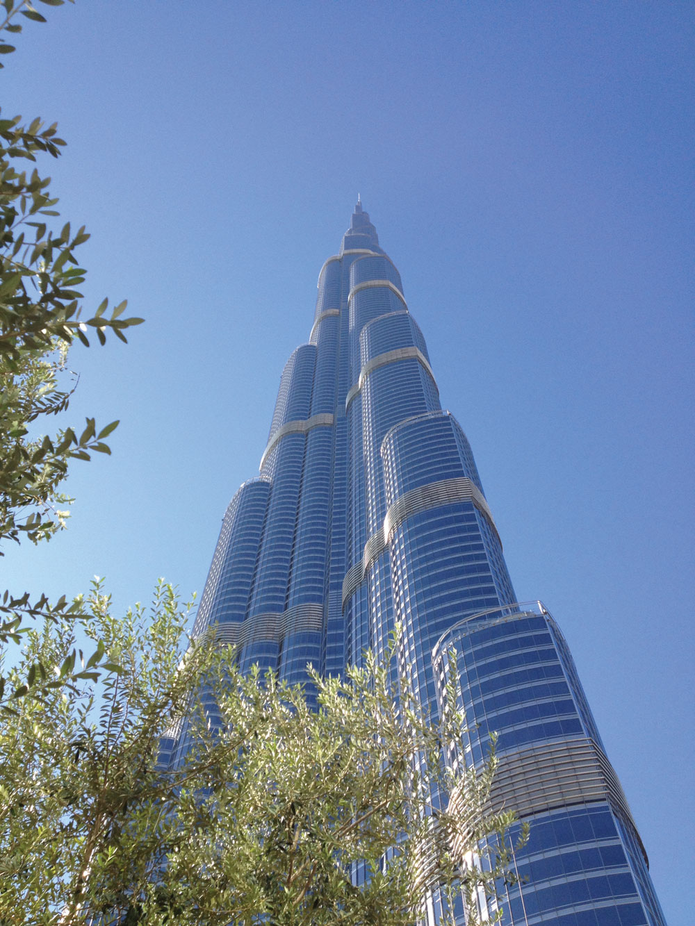 Iconic Towers as Development Catalysts Dubai Off-Site Program